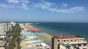 Albergo seconda fila mare a Pesaro