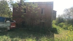 Casale cielo terra a Loreto zona Panoramica vicino al centro