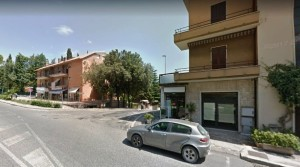 Locale macerata via roma foto
