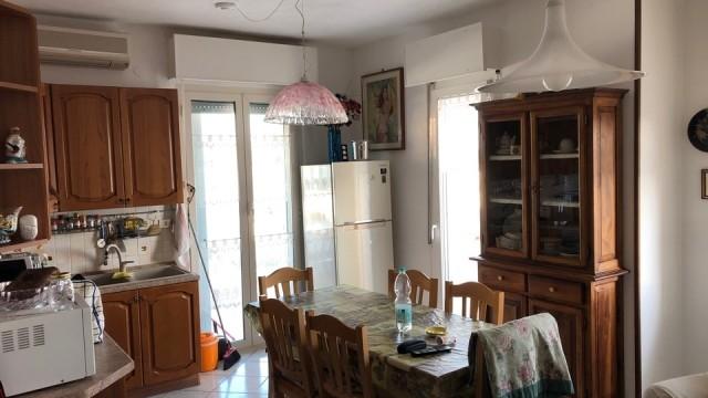 Appartamento a Porto Recanati in zona semi centrale vista mare