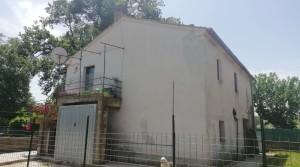 Casale a San Faustino di Cingoli in zona tranquilla e riservata