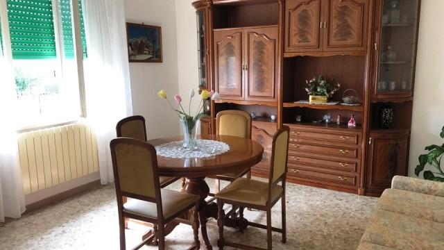 Casa indipendente con corte a Villa Musone (di Recanati)